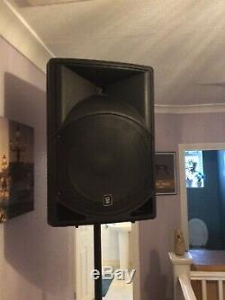 QTX Sound QS15A 15 700W Active Powered Disco DJ PA ABS Speakers. THIS IS A PAIR