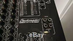 4 Mackie Srm450s Band Pa Système Disco Son Bass System Bin Moniteurs Table De Mixage